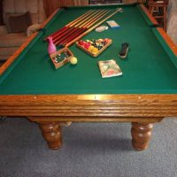 Olhausen 8-1/2 ft. Pool Table & Accessories